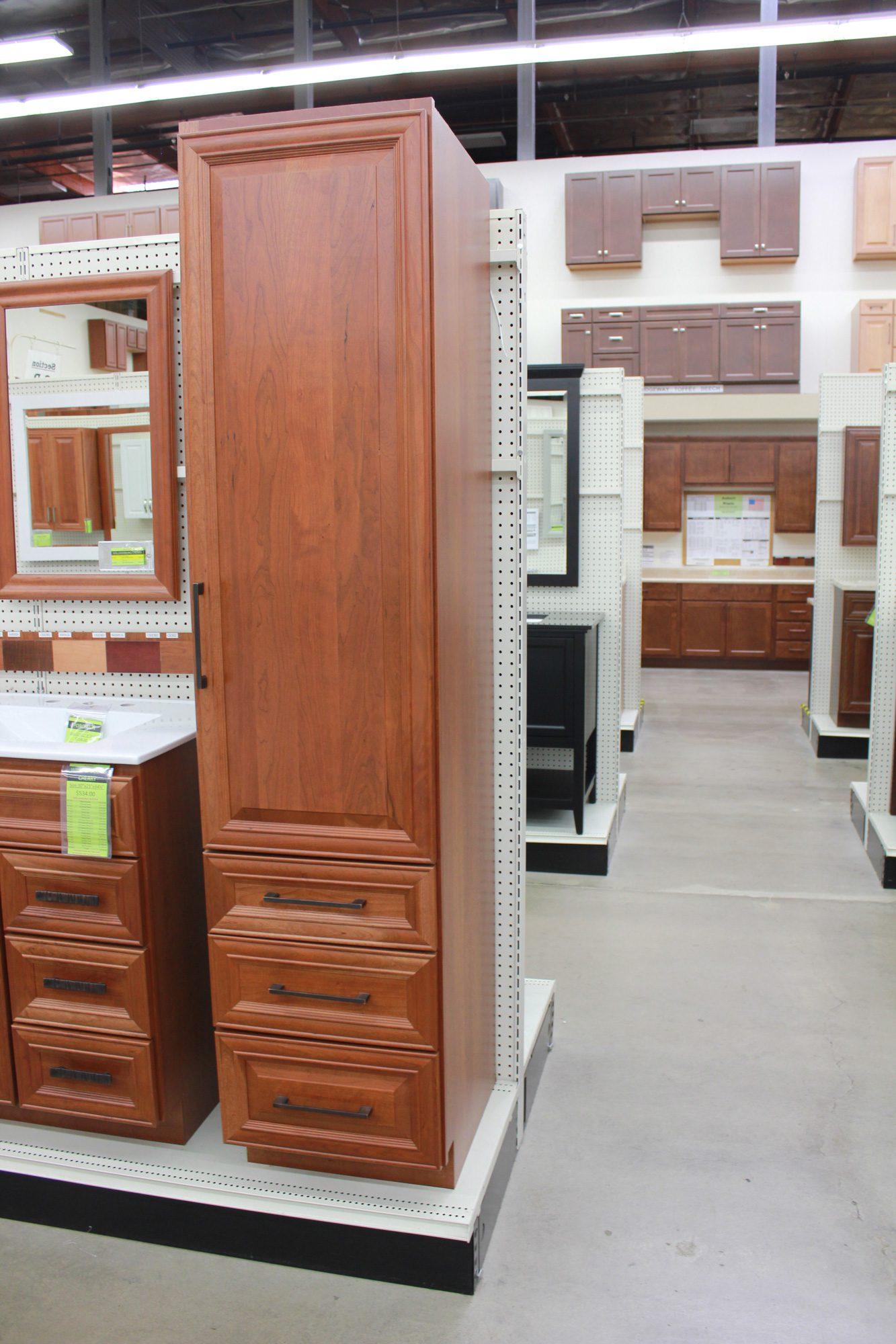 Williamsburg Cherry Linen Cabinet